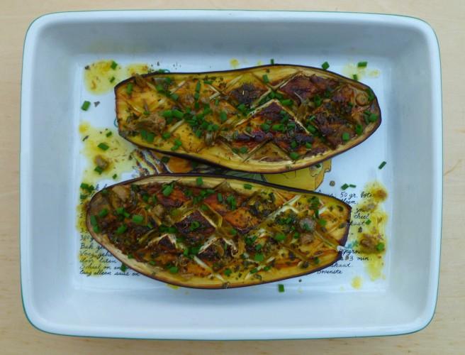Geroosterde aubergine met een mediterraan tintje door oregano en sinaasappelsap
