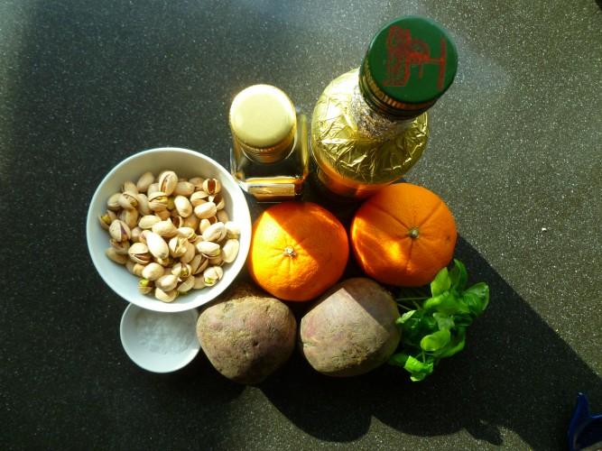 Geroosterde bietensalade met sinaasappel en geitenkaas