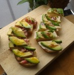 Brood met beleg en avocado