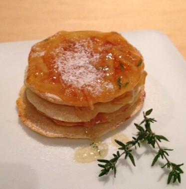 Pancakes met sinaasappeljam en tijm