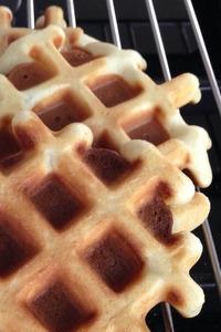 Wafels met aardbeien en slagroom (5)