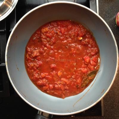 Limabonen in Mediterrane tomatensaus (1)