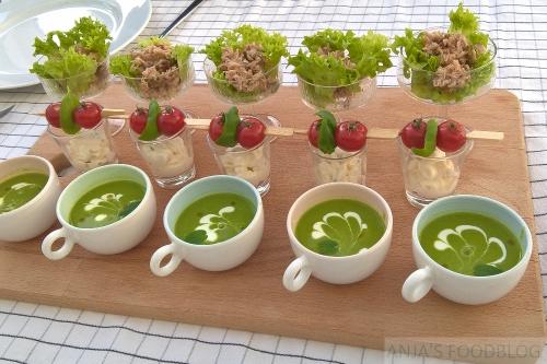 Amuses - Anja's Foodblog  Een doperwtensoepje van diepvries tuinerwten, fetamousse met tomaat en basilicum, (vega) tonijnsalade