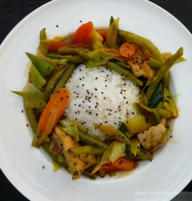 Thaise kip kerrie met groenten