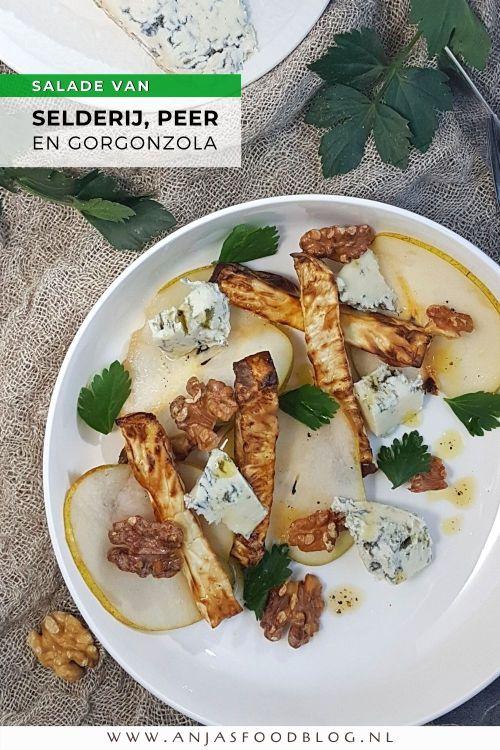 De smaak van deze salade is heerlijk: het zoete van peer, het zilte van kaas en daarbij dan het zoet-hartige van de geroosterde selderij. Walnoten en een lichte dressing maken het af.   #recept #salade #vegetarisch #selderij #gorgonzola #makkelijk #peer