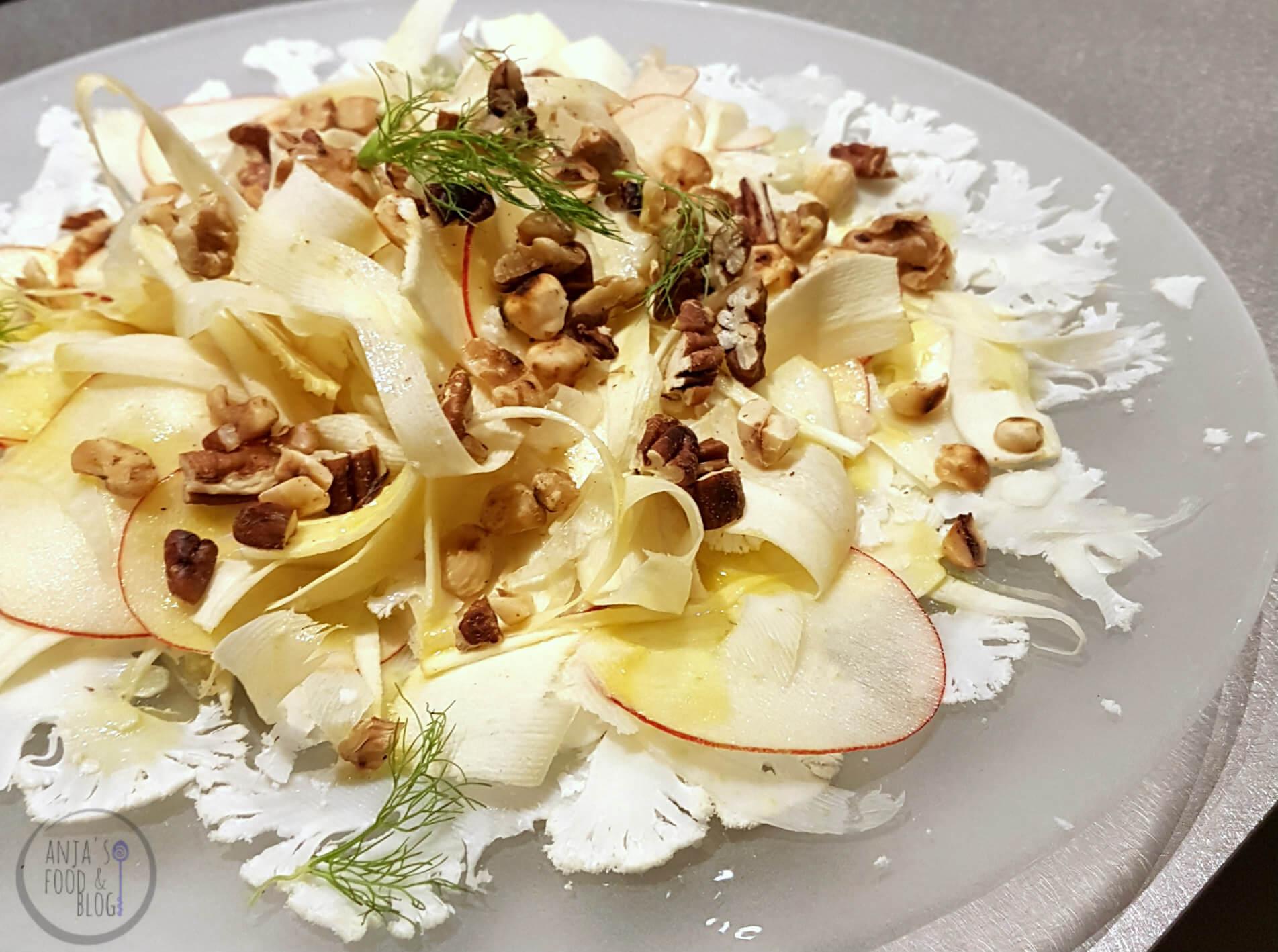 Salade van bloemkool, venkel en pastinaak