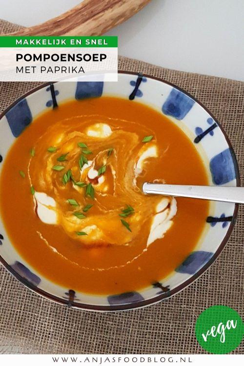Een heerlijke vegetarische geroosterde pompoensoep met gele paprika. Super van smaak en snel klaar.   #recept #maaltijdsoep #pompensoep #makkelijk #vegetarisch