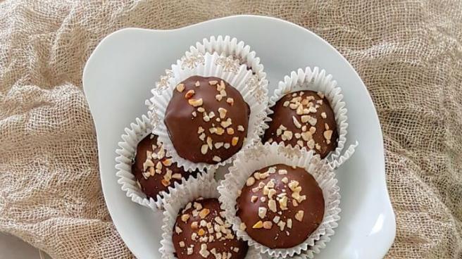 Bonbon met crèmevulling en oreokoekjes