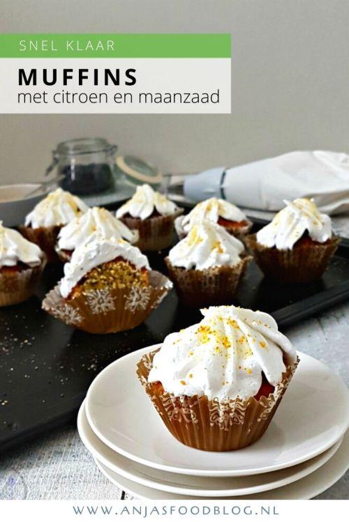 Deze overheerlijke citroen maanzaad muffins met crème topping zijn snel gemaakt. Je bakt ze in de oven of in de airfryer. #recept #muffins #citroen #maanzaad #makkelijk #airfryer