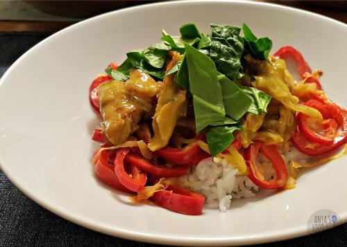 Thaise curry met groenten en rijst