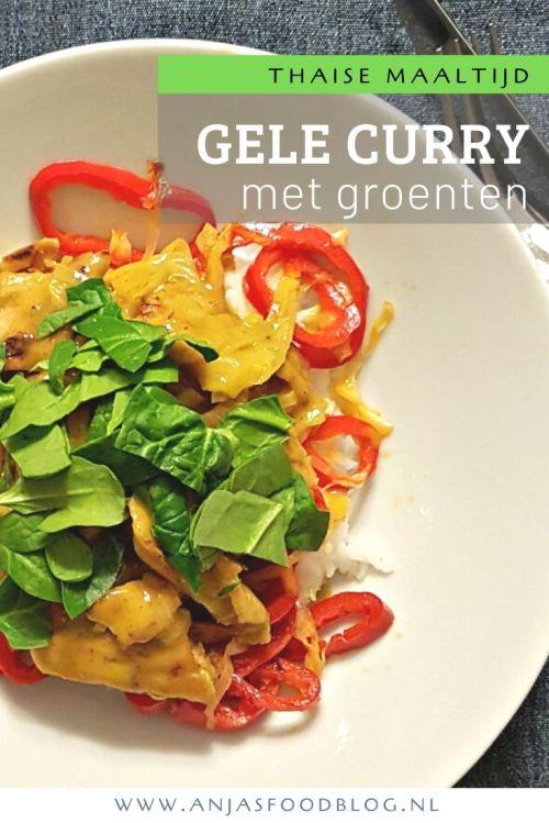 Op drukke dagen maak ik graag een Thaise gele curry met groenten en rijst. #recept #curry #thais #makkelijk