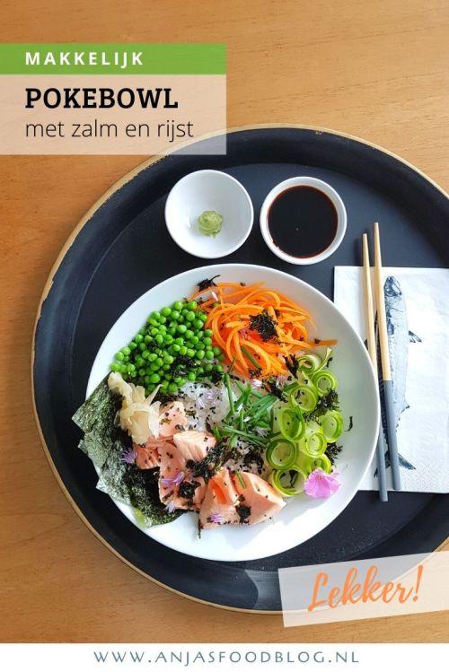 Een poké bowl of sushi saladebowl met zacht gegaarde zalm. Zacht gegaarde zalm, verse groenten en crunchy zeewier maakt het compleet. Heerlijk!! #pokebowl #zalm #recept