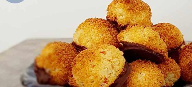Snelle kokosmakrons met chocola
