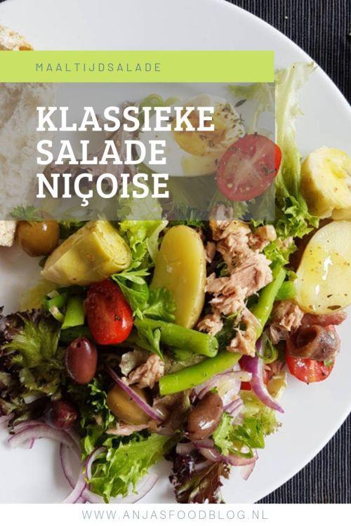 Salade Niçoise is een klassieke Franse salade, van oorsprong afkomstig uit Nice. Er is echter niet één recept, er zijn vele varianten.