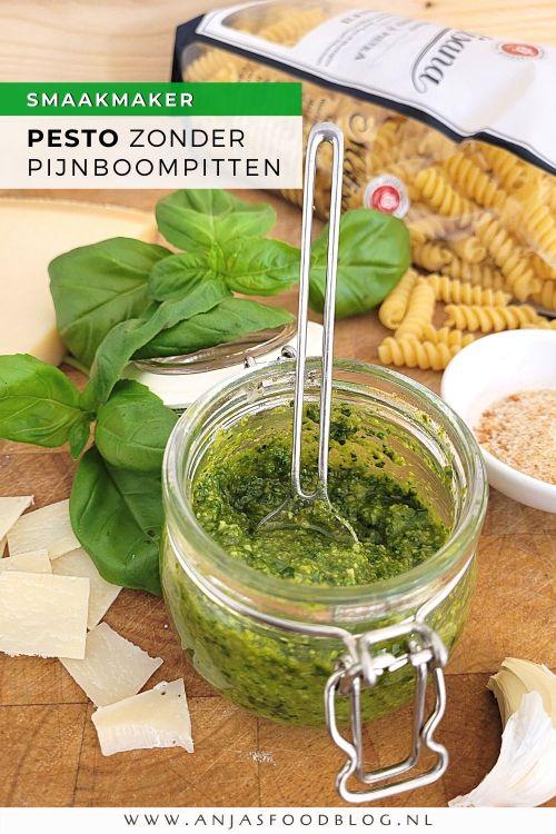 Pesto zonder pijnboompitten? Jazeker en dat is ook nog eens heel lekker! Gebruik de pesto in je favoriete pasta, bij de vis, de risotto of de BBQ. Een makkelijk en snel recept!